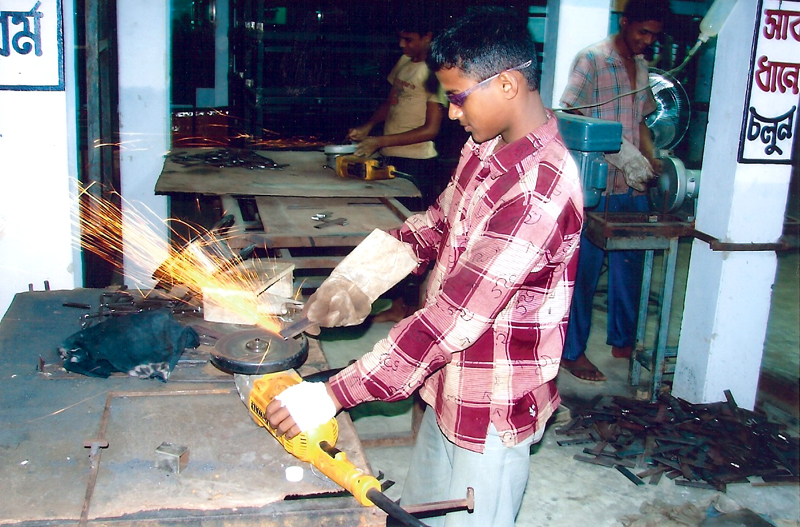 News Photographs Amp Videos Sylhet Welding